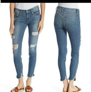 NWT Frame Distressed Jeans size 27